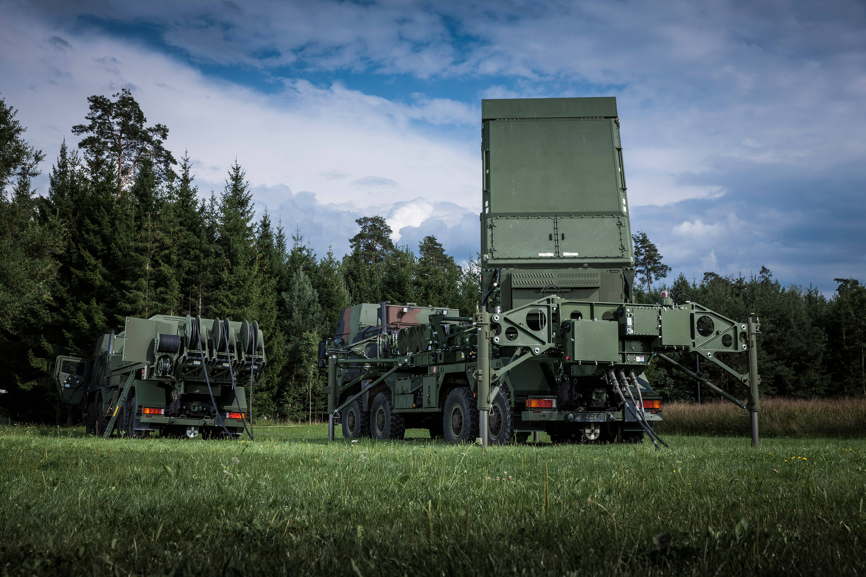 MEADS by MBDA Multifunction Fire Control Radar with Ancillary Power Generator