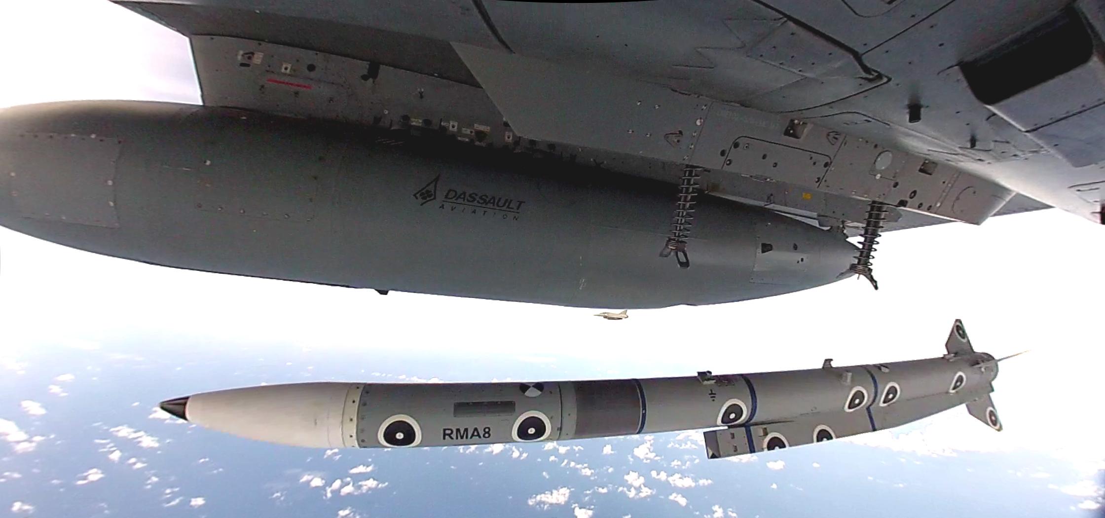 Meteor firing from Rafale