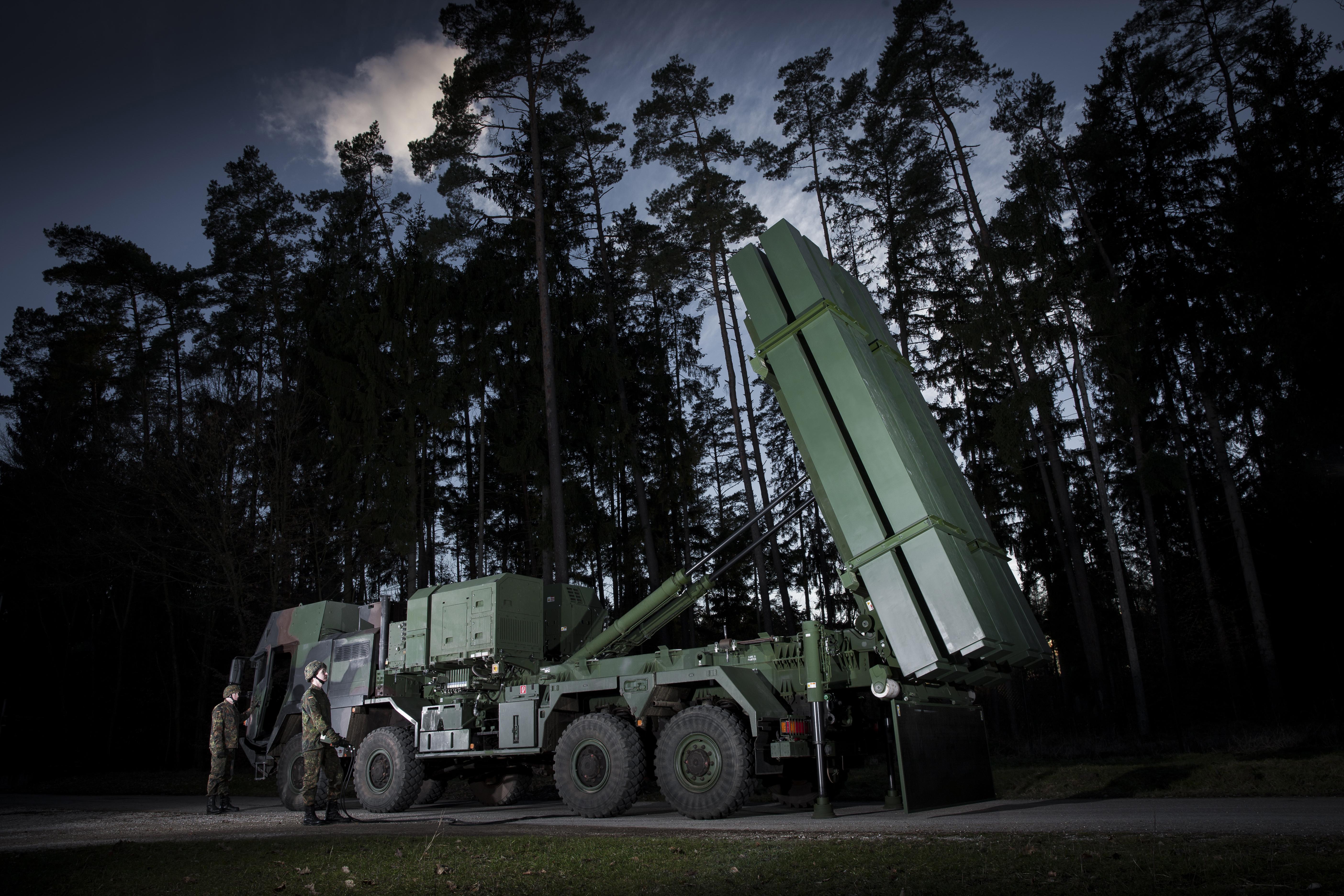 Lightweight MEADS launcher