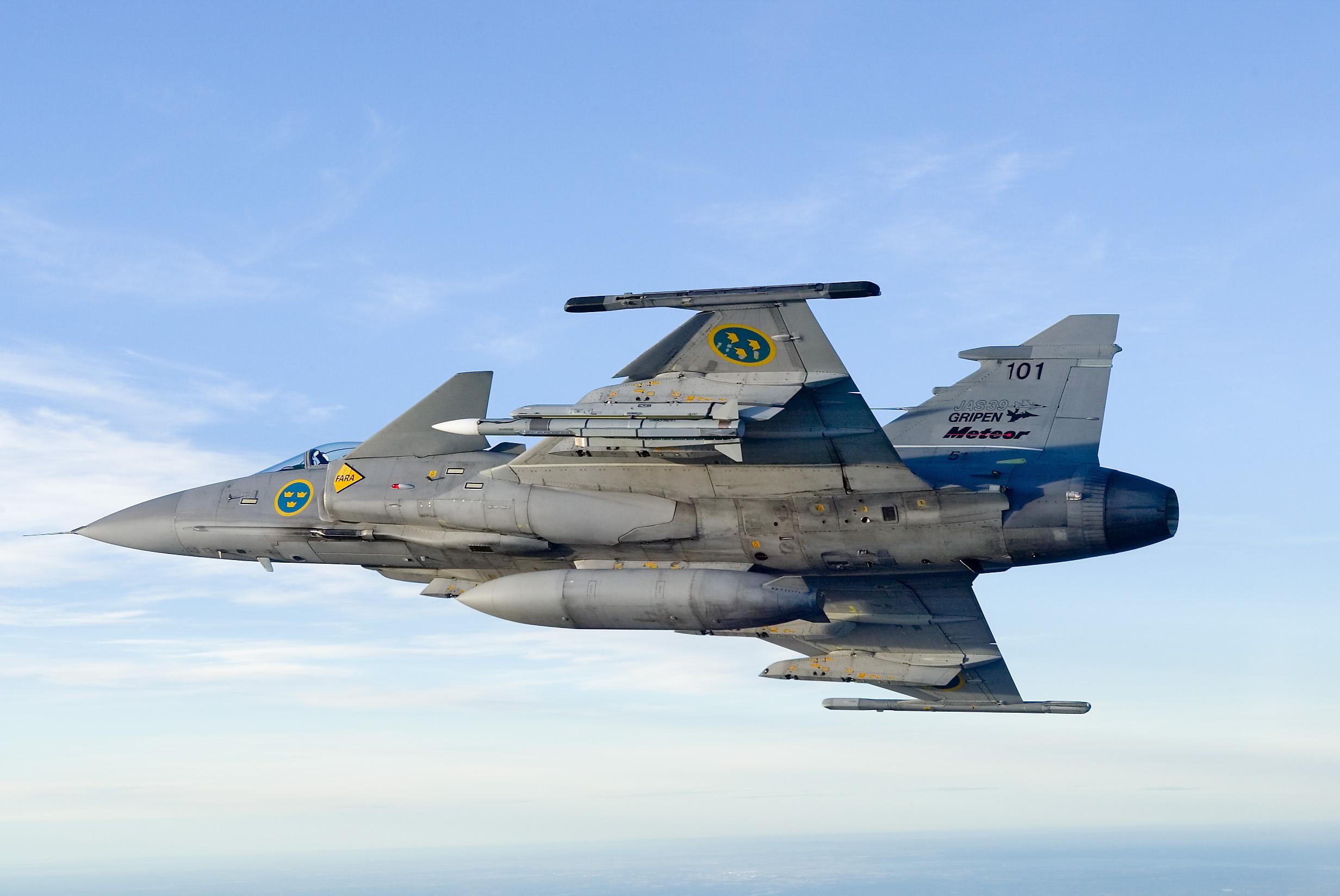 Meteor on Gripen GMA5 in flight MBDA