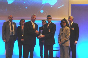 Vice-Admiral James D. Syring, Director, MDA, is presenting the Technology Pioneer Award to General Autrans of the French Direction Generale de l'Armement and his industry team of Thales and MBDA.